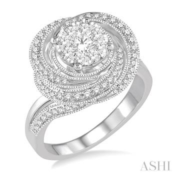FLOWER SHAPE LOVEBRIGHT DIAMOND RING