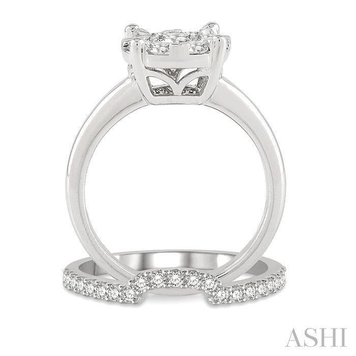 Lovebright Essential Diamond Wedding Set