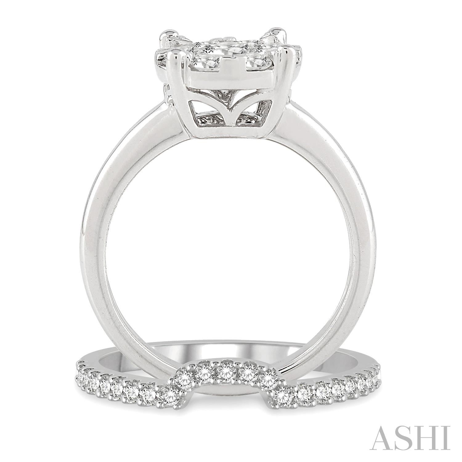 Lovebright Essential Diamond Wedding Set