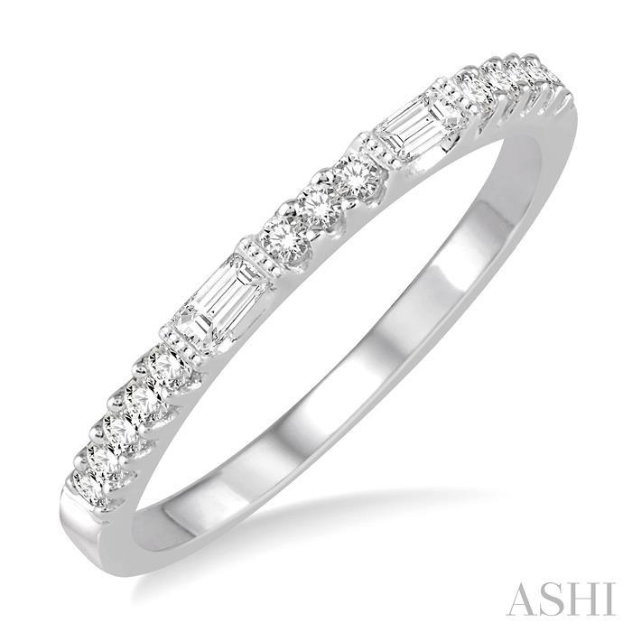 STACKABLE DIAMOND WEDDING BAND