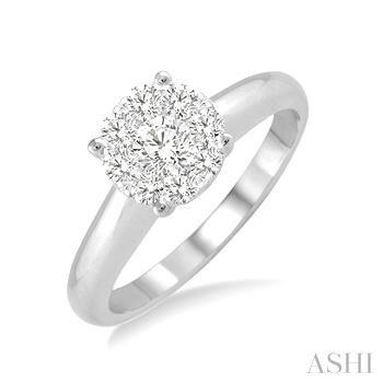 LOVEBRIGHT ESSENTIAL DIAMOND RING