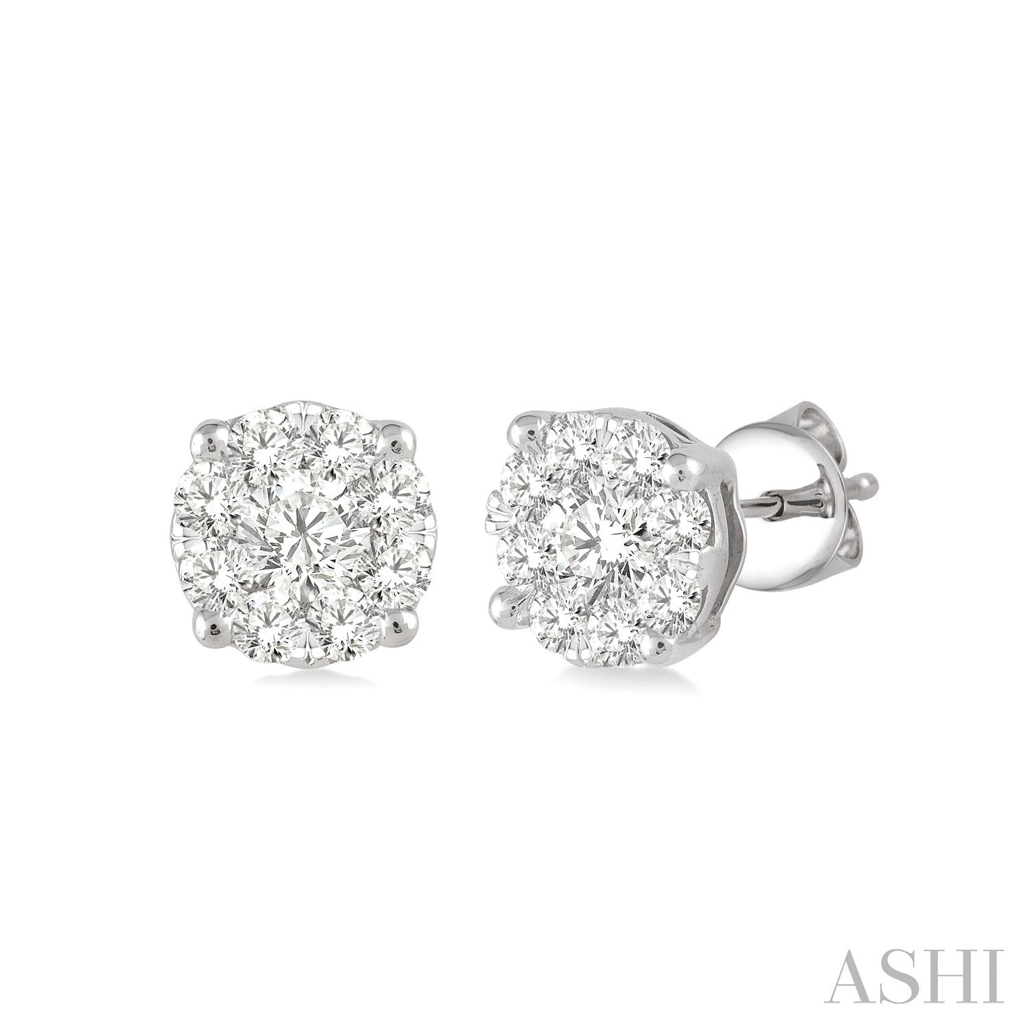 LOVEBRIGHT ESSENTIAL DIAMOND EARRINGS