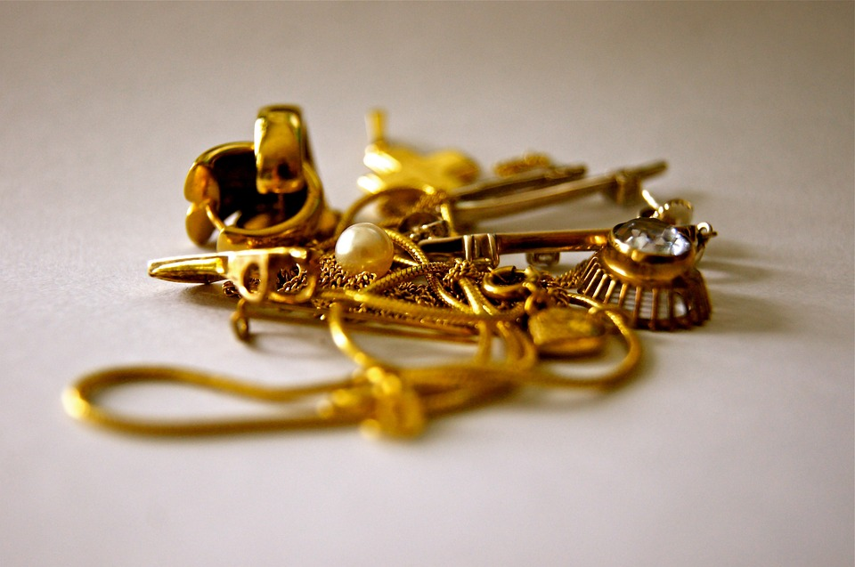 c8a642fb9e54e We Buy Gold | Tenenbaum's Jewelry - Waverly, IA