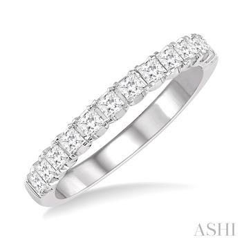 ENDLESS EMBRACE DIAMOND WEDDING BAND